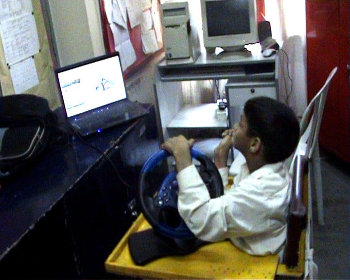 Arpit using Skid software on his wheel