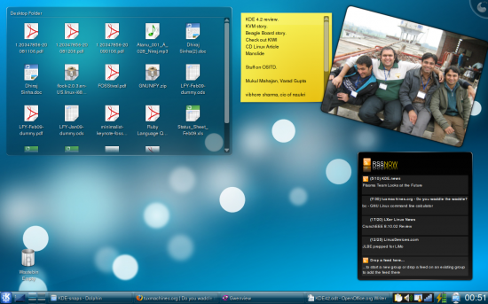 Figure 3: My work notebook with the Folder View, Notes, Picture Frame and RSSNow widgets
